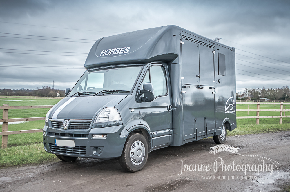 Find custom made horseboxes